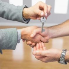 switch letting agents in the middle of a tenancy